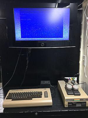 Старинные компьютеры Commodore 64 TESTED FOR