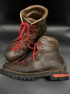 Vintage Scarpa Fabiano Boots 81774 size 10.5 Mountaineering Hiking Leather Italy