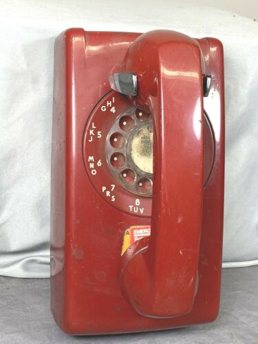 Vintage RED Emergency Rotary Wall PHONE, 203 Area Code, Bell Sys, Western Elec.