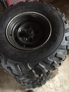 MAXXIS TIRES AND RIMS