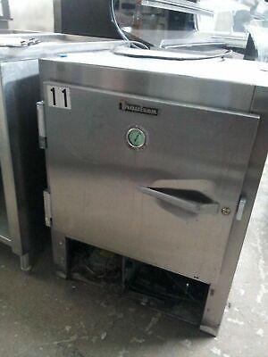 Traulsen Au8001 Refrigerator