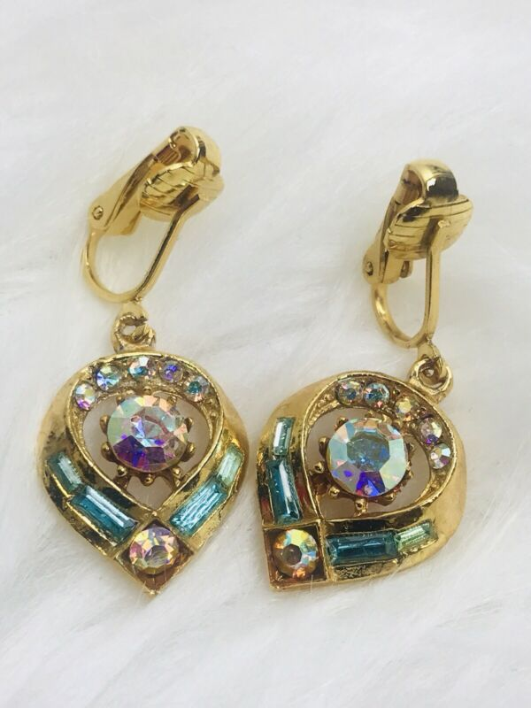 VINTAGE Gold Tone IRIDESCENT HEART CRYSTALS Pink Green CLIP Earrings Ear Rings