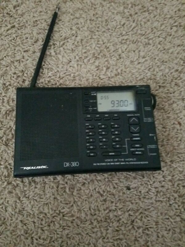 Realistic DX-380 20-213A AM/FM Shortwave Radio With Free ship,  Works