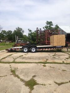 22' Car Hauler with beaver tail and load ramps