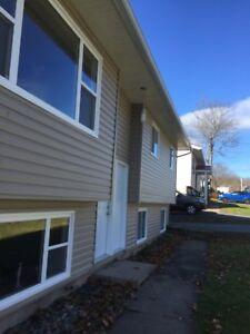 3 bedroom house upper level in sackville 1,350