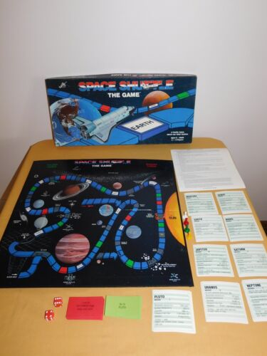 VINTAGE ASTONAUT TOY NASA 1985 SAUNDERS SPACE SHUTTLE THE GAME COMPLETE NICE!