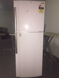 Sharp SJ-244V-WH 245L Top Mount Fridge. Westmead Parramatta Area Preview
