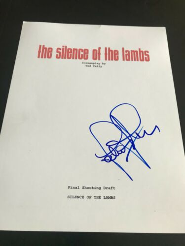 JODIE FOSTER SIGNED AUTOGRAPH MOVIE SCRIPT SILENCE OF THE LAMBS COA AUTO RARE X5