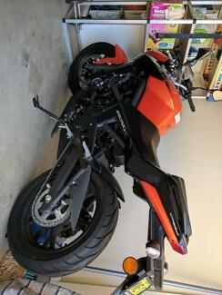 CF MOTO 650NK almost brand new and great value
