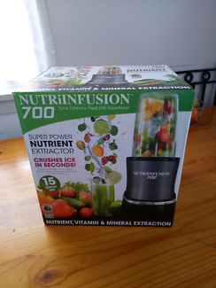 New Never Used NutriNfusion 700 + Book