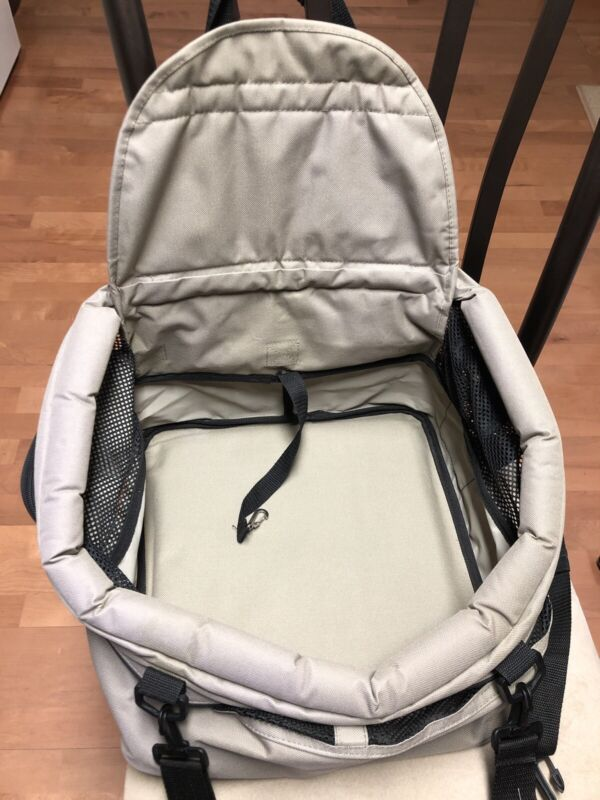 High Quality Pet Car Booster Seat From Petco  Khaki  - Nice -