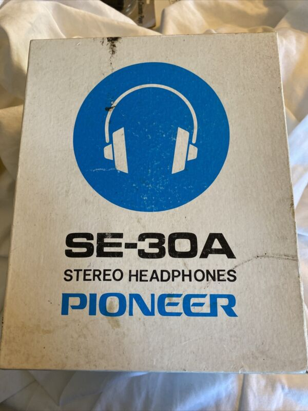 Pioneer SE-30A Stereo Headphones Over the Ear VTG in Original Box Made in Japan