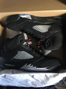 Jordan Retro 5 Metallic's