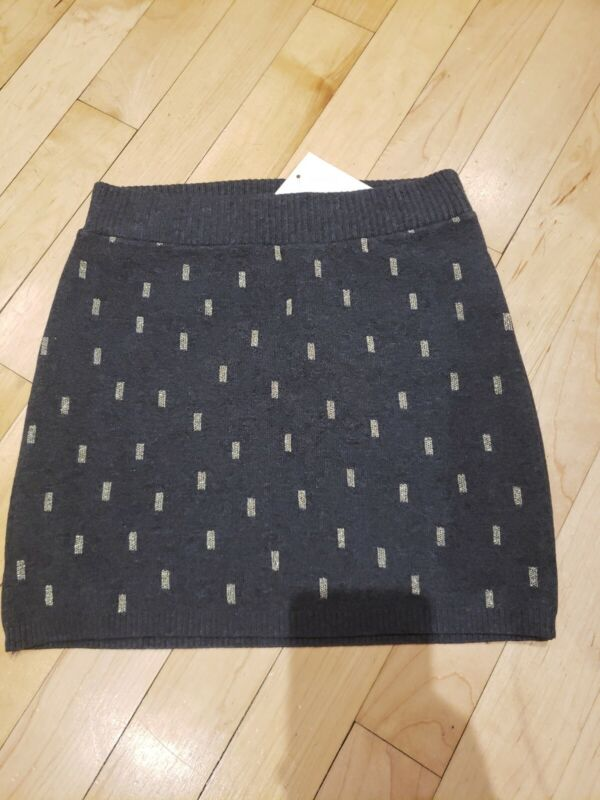 NWT Girls H&M Sweater Skirt, Size 6-8, Charcoal with golden pattern