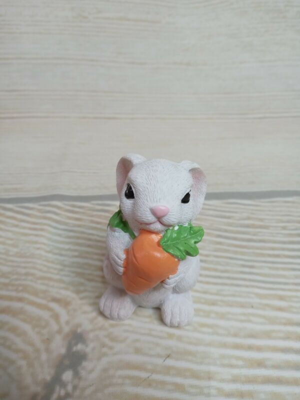 New Small White Bunny & Carrot Easter Decor Spring Table Tier Tray Resin Rabbit