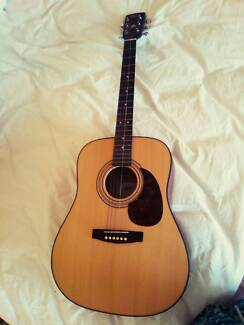 Cort Earth60 NS guitar Great Condition