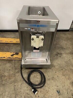 Taylor 702-33 Soft Serve Ice Cream Freezer Machine