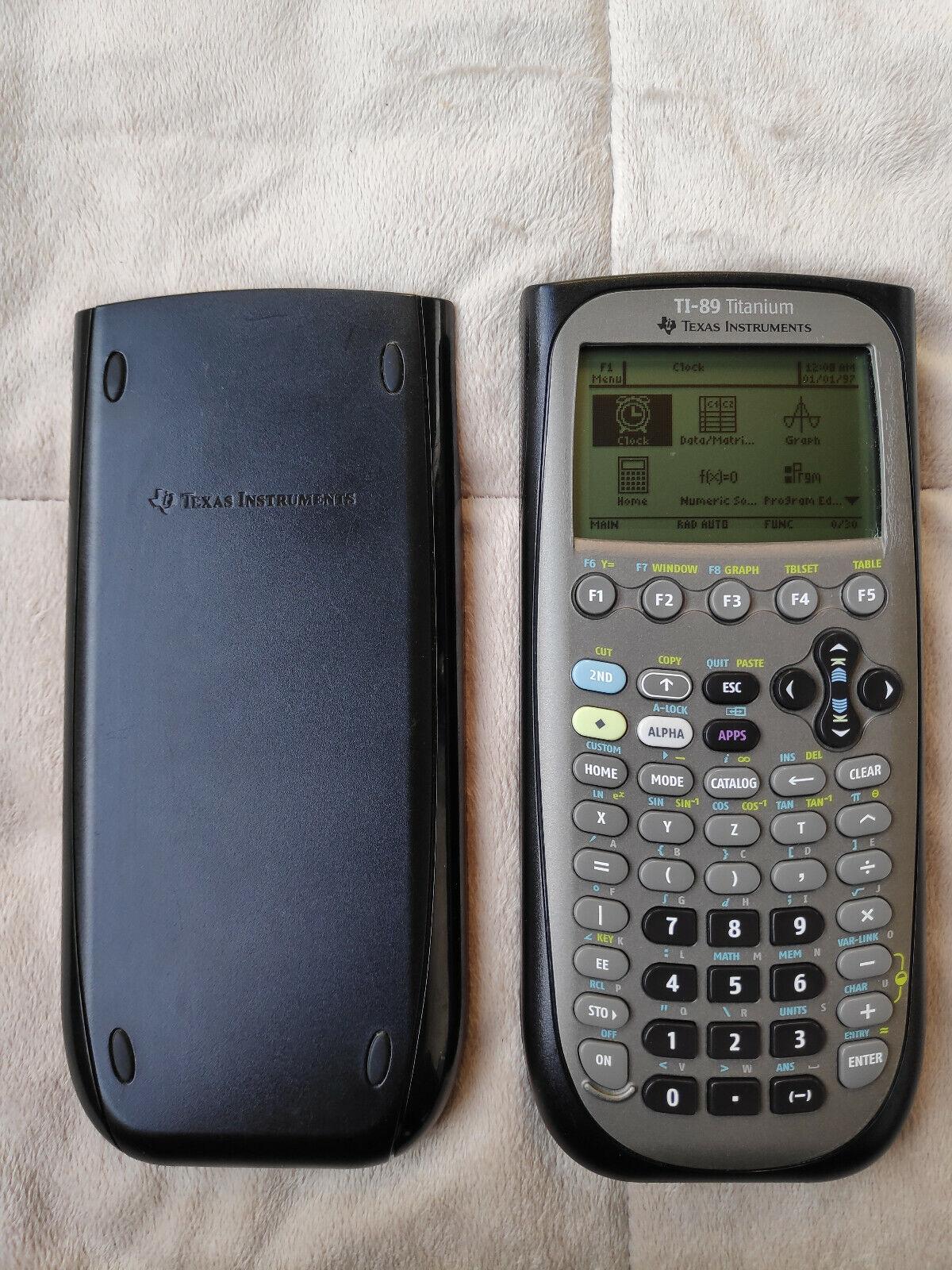 [Preis neu 195€] TI-89 Titanium Texas Instruments Grafikfähiger Taschenrechner
