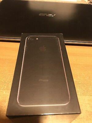 Apple iPhone 7 - 128GB - Jet Black (Unlocked) A1778 (GSM) SEALD