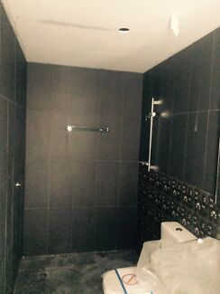 A Tiler looking for any small or big jobs.