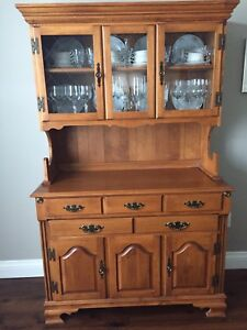 Roxton Dining Room Set With Buffet And Hutch