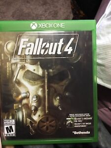 Fallout 4 *Xbox one* with  survival guide.