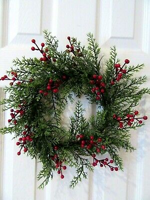 CHRISTMAS WREATH RED CEDAR WITH BERRIES ARTIFICIAL WREATH RED CEDAR WREATH Berry Christmas Wreath