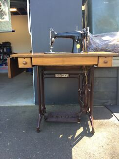Singer sewing machine  West Hobart Hobart City Preview