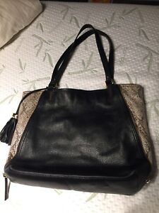 Stella & Dot genuine leather tote bag in Excellent Condition