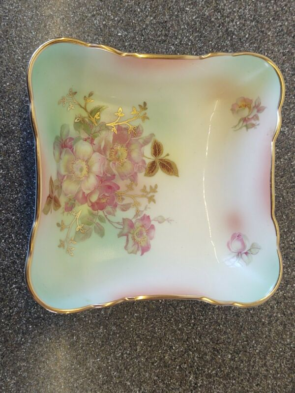 OH SO PRETTY!!  HOUSE OF GOEBEL BAVARIA W. GERMANY TRINKET DISH