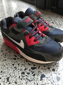 Boys Nike Shoes size 33