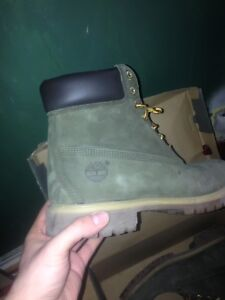 Rare Green Timberland boots size 10