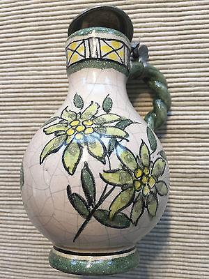 kleiner Porzellankrug mit Zinndeckel und Blumenmotiv