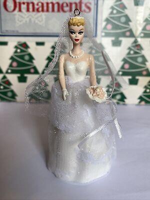 Navidad Hallmark Recuerdo Día Boda Barbie Ornamento Nuevo en Caja