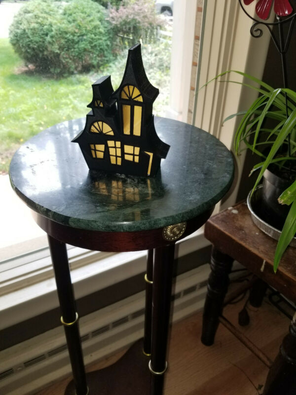 Halloween Decoration Haunted House Light Up with LED tealight