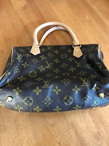 Louis Vuitton inspired hand bag
