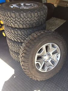 255/75R17 BFGoodrich T/A tires and rims