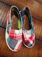 Toms boys shoes size 11 Carine Stirling Area Preview