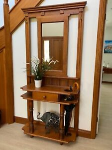 Hall Stand - classic oregon