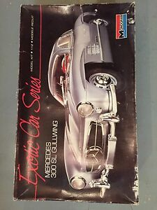 Antique & Iconic Mercedes 300SL Gullwing Model Car