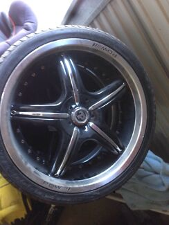 19 inch 19'' alloy wheels mags Holden stud pattern  Jimboomba Logan Area Preview
