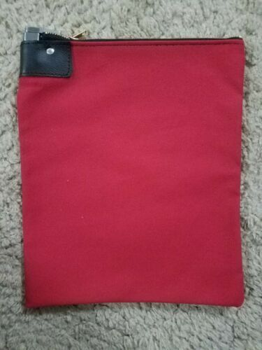1 Burgundy Canvas Locking Bank Deposit Bag with Deluxe Pop Up Lock and 2 Keys