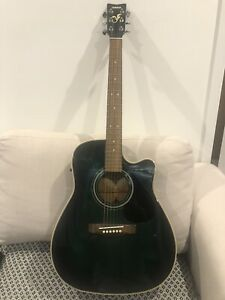 Beautiful Yamaha Acoustic Guitar with integrates battery operated EQ