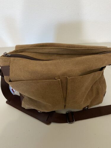 gregg norman messanger bag canvas and leather . New with tags 5