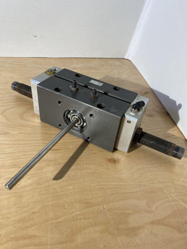 PHD Inc. RAS35 40x180-E-NB-PB-Q10 Pneumatic High Torque Rotary Actuator