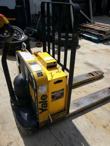 Yale electric pallet jack forklift truck Newark ohio 43055  model #  MPW050