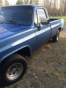 1985 Chevy C10 Regular Cab Longbox