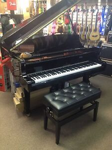 Young Chang Baby Grand Y-150