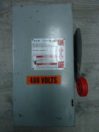 Eaton Cutler Hammer DH361 UGK 30 Amp 600 VAC Heavy Duty Safety Switch Disconnect
