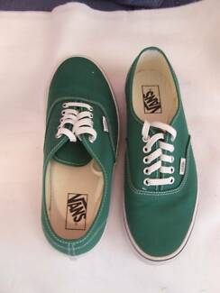 Vans GREEN Men's Canvas Shoes